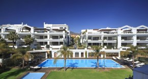 Photo of: Complex - Doncella Beach | Deluxe Residential complex in the town of Estepona (Costa del Sol), beachfront apartments, penthouses and duplex from 1 to 5 bedrooms.